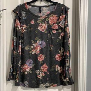 Juniors long sleeve ruffle floral top xl